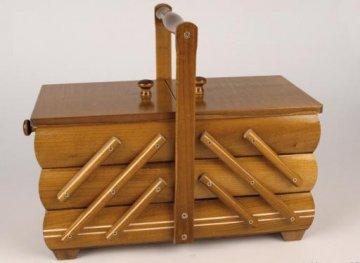 košík - kazeta na šicí potřeby rozkládací malý,medový