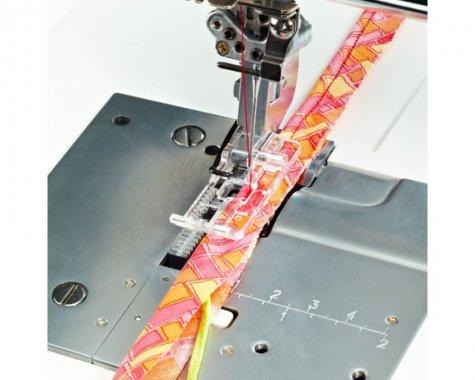 patka pro našívání provázku pro coverlocky Pfaff 620097096